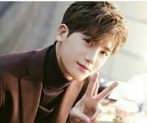 korean, actor, and park hyung sik image