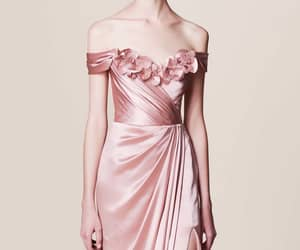 dress, fashion, and Marchesa image