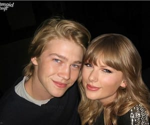 blonde, blue eyes, and jaylor image