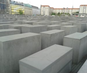 article, holocaust, and world war image