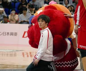 ice skater and shoma uno image