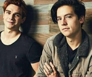 cole sprouse, riverdale, and РИВЕРДЭЙЛ image