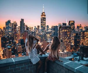 girl, city, and friends image