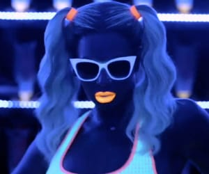 beyonce knowles, light, and music video image