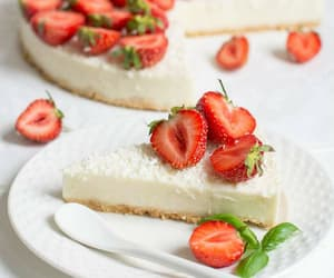 cake, FRUiTS, and strawberries image