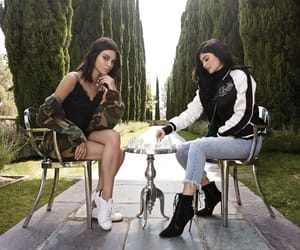 kendall jenner, kylie jenner, and make up image