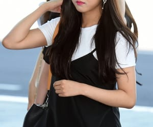 seungyeon and clc image