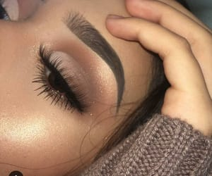 love, amazing, and makeup image