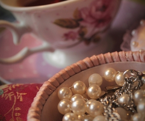 cupcakes, jewellery, and pearl image