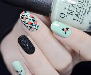beauty, green, and manicure image
