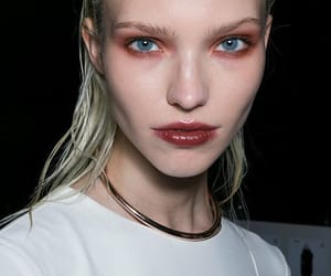 fashion and sasha luss image