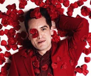 brendon urie and gif image