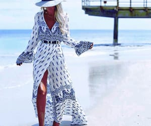 bohemian, casual, and spiaggia image