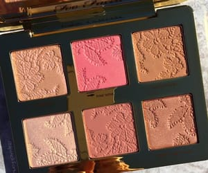 beauty, blush, and highlight image