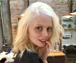 blonde hair, Lola, and platinum hair image