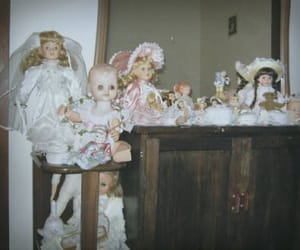 creepy, dolls, and hunted image