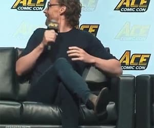gif, tom hiddleston, and actor image