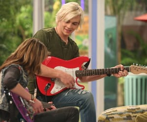 Austin, guitar, and ross lynch image