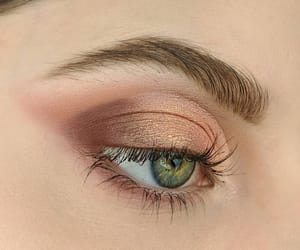 aesthetic, maquillaje, and ojos image