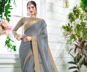 designer saree, grey saree, and border saree image