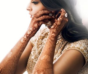 bollywood, henna, and wedding image