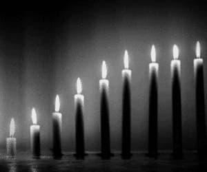 blanco y negro, velas, and gif image