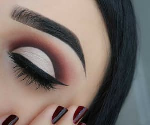 article, eyelashes, and makeup image