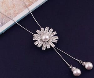 pearl, silber, and jewellery image