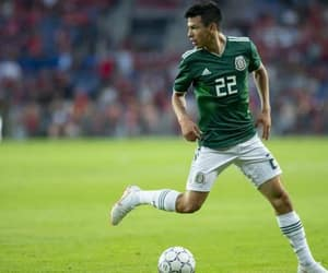 seleccion mexicana, chucky lozano, and hirving lozano image