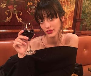 wine and louise follain image