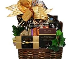 gourmet gift basket, gift basket with snacks, and picnic gift image