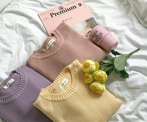 colors, style, and sweater image