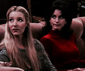 monica geller, f.r.i.e.n.d.s, and phoebe buffay image