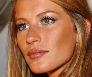 model, Gisele Bundchen, and makeup image