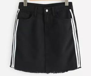 blanco, ropa, and falda image