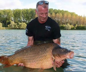 carp fishing in france and fishing lakes in france image
