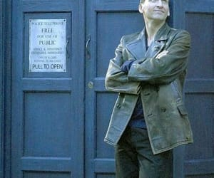 doctor who, tardis, and 9th doctor image
