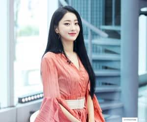 dress, kpop, and girl image