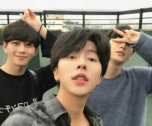 attractive, ulzzang, and kboys image