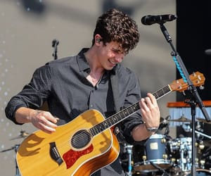 shawn mendes and radio 1 biggest weekend image