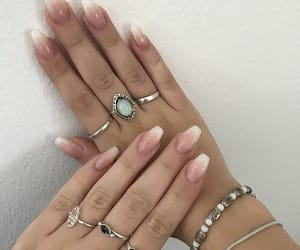 accessorise, jewelery, and nails image
