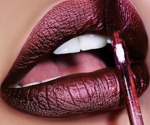belleza, metalizado, and maquillaje image