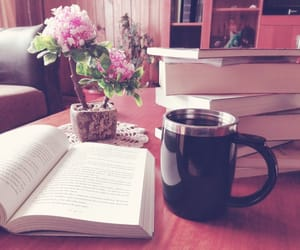 cafe, libro, and tarde image