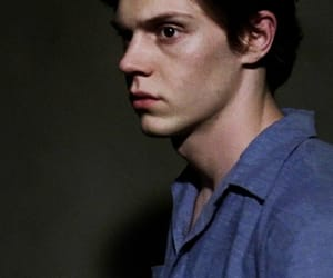 evan peters, american horror story, and ahs image