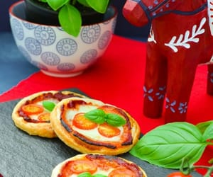 pizza, margherita, and puff image