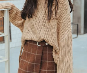 fashion, outfit, and plaid skirt image