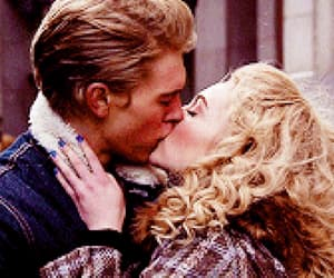 Annasophia Robb, austin butler, and the great unknown image
