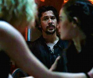gif, bellarke, and the 100 image