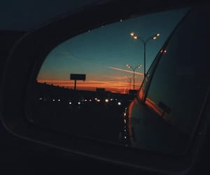 car and travel image