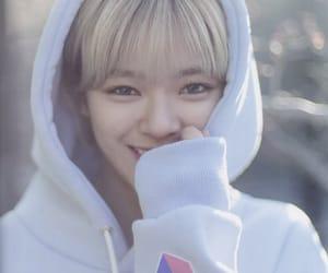 aesthetic, jeongyeon, and kpop image